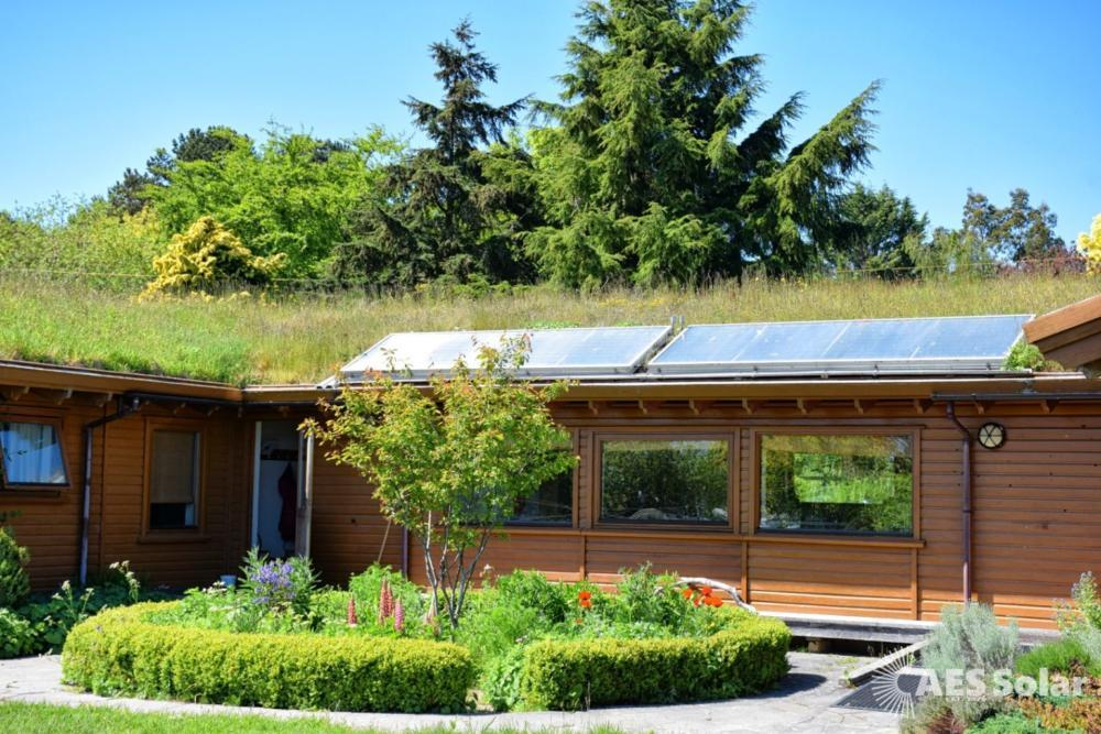 AES Endurance solar thermal panels at Findhorn Guest Lodge